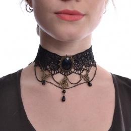 Large collier ras-de-cou en dentelle à médaillon et perles