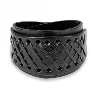 Bracelet en cuir noir traversé de multiples lacets en croisillons