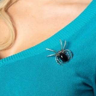 Broche gothique en forme d'araignée à abdomen noir