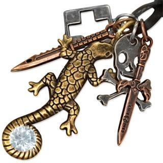 Collier cuir avec lézard, croix, couteau, tête de mort et épée