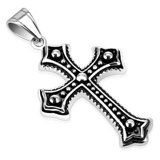 Pendentif acier croix gothique noircie