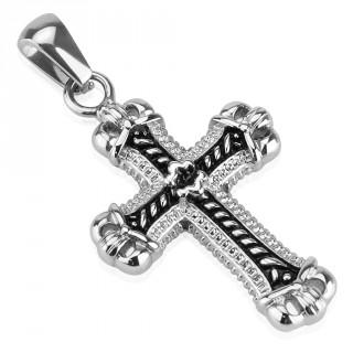 Pendentif croix en acier à extrémités en couronnes