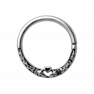 Piercing anneau tordable à serpents et coeur
