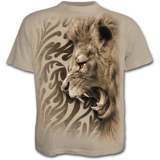 T-shirt homme beige avec lion rugissant et motif tribal